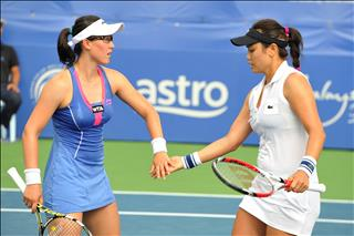 Chan Yung Jan and Zheng Saisai to meet Chan Hao Ching and Timea Babos in the doubles finals